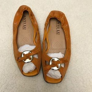 Anyi Lu Orange leather peep toe flats